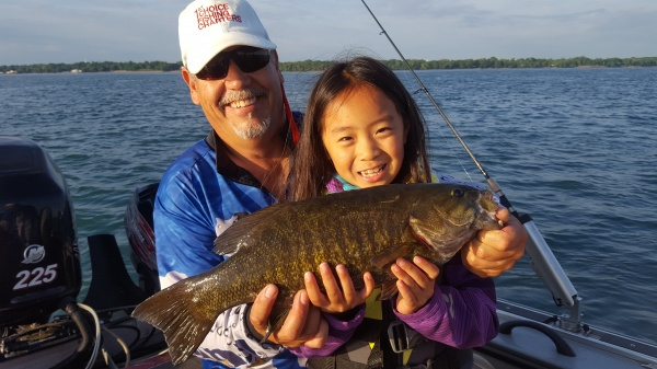 Guided fishing rates in lake erie and buffalo ny and for Fishing charters buffalo ny